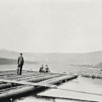 Bau der Flöße an der Oberweser, 1930, Privatbesitz