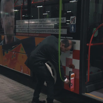 Tag eines Busfahrers in Osnabrück - Kontrolle des Busses