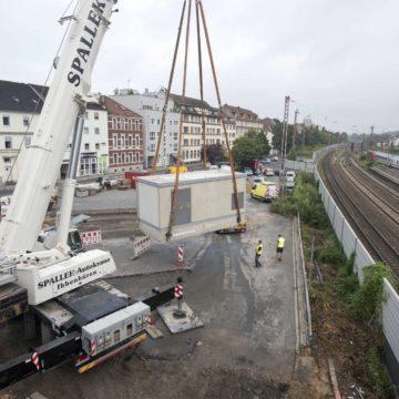 Aufstellen Trafogebäude Hauptbahnhof